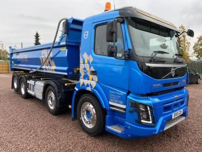 Volvo FM460 tipper Lorry